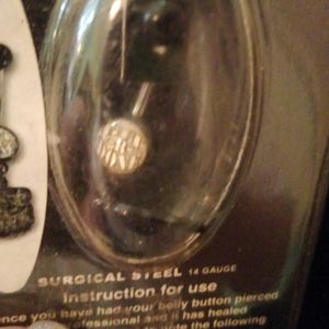 """Larry The Cable Guy Jewelry - NEW!!Larry The Cable Guy """"GET-R-DONE"""" Belly Ring."""